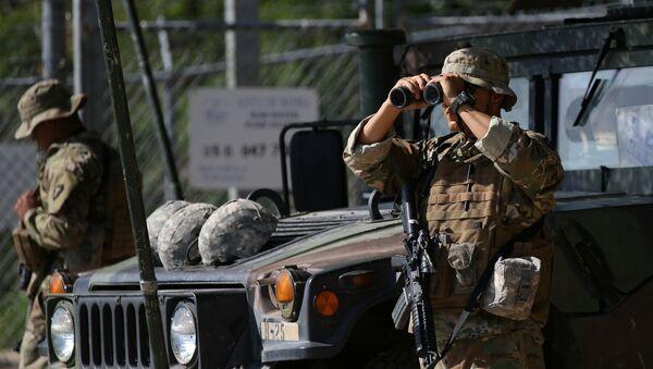 Guardia Nacional de EEUU en la frontera con México - Sputnik Mundo
