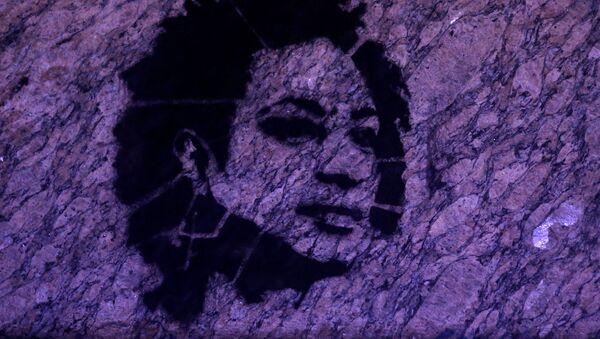 Un retrato de Marielle Franco, la consejal brasileña asesinada - Sputnik Mundo