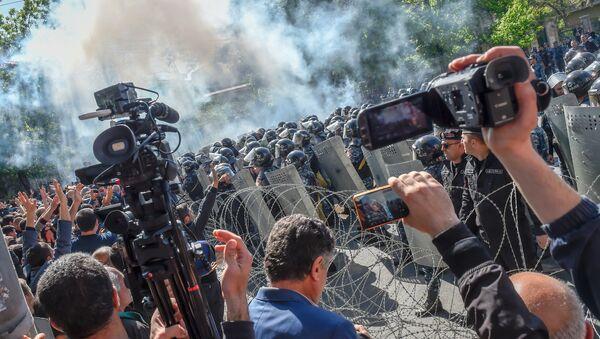 Protestas en Armenia - Sputnik Mundo