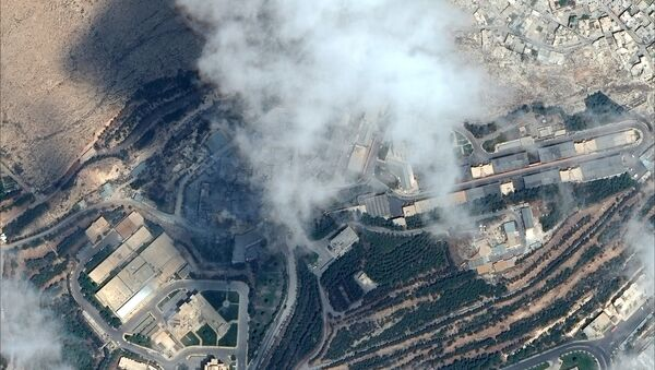Ataque de EEUU a las instalaciones de Siria - Sputnik Mundo