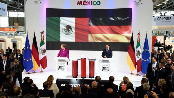 Angela Merkel, canciller alemana, y Enrique Peña Nieto, presidente de México - Sputnik Mundo