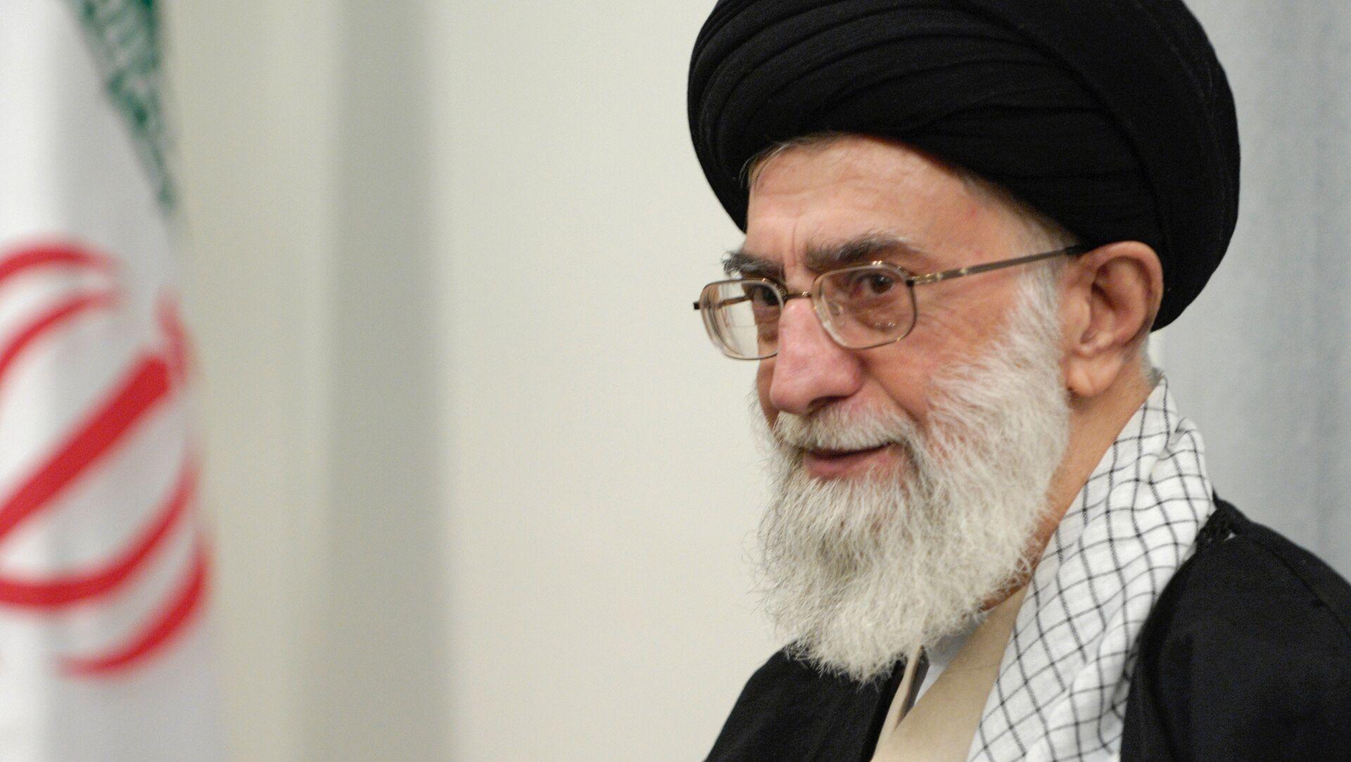 Alí Jameneí, líder supremo iraní - Sputnik Mundo, 1920, 07.02.2021