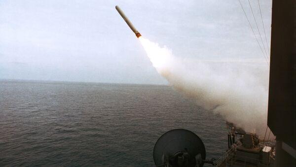 Misil estadounidense Tomahawk (archivo) - Sputnik Mundo
