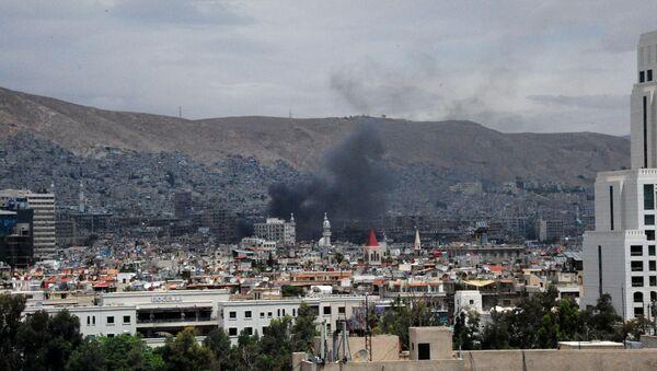 Humo en Damasco, Siria (archivo) - Sputnik Mundo