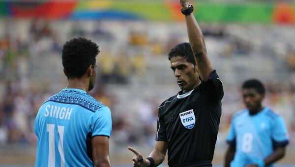 Fahad Mirdasi, el árbitro de fútbol de Arabia Saudí - Sputnik Mundo