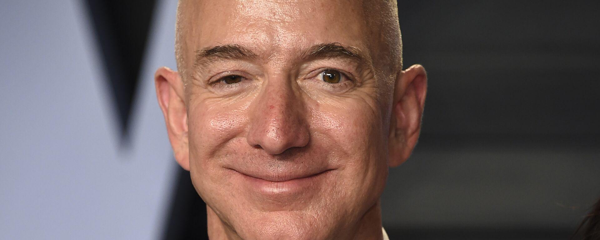 Jeff Bezos, milmillonario estadounidense - Sputnik Mundo, 1920, 24.07.2021