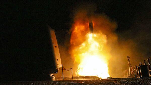 Lanzamiento de un misil (imagen referencial) - Sputnik Mundo