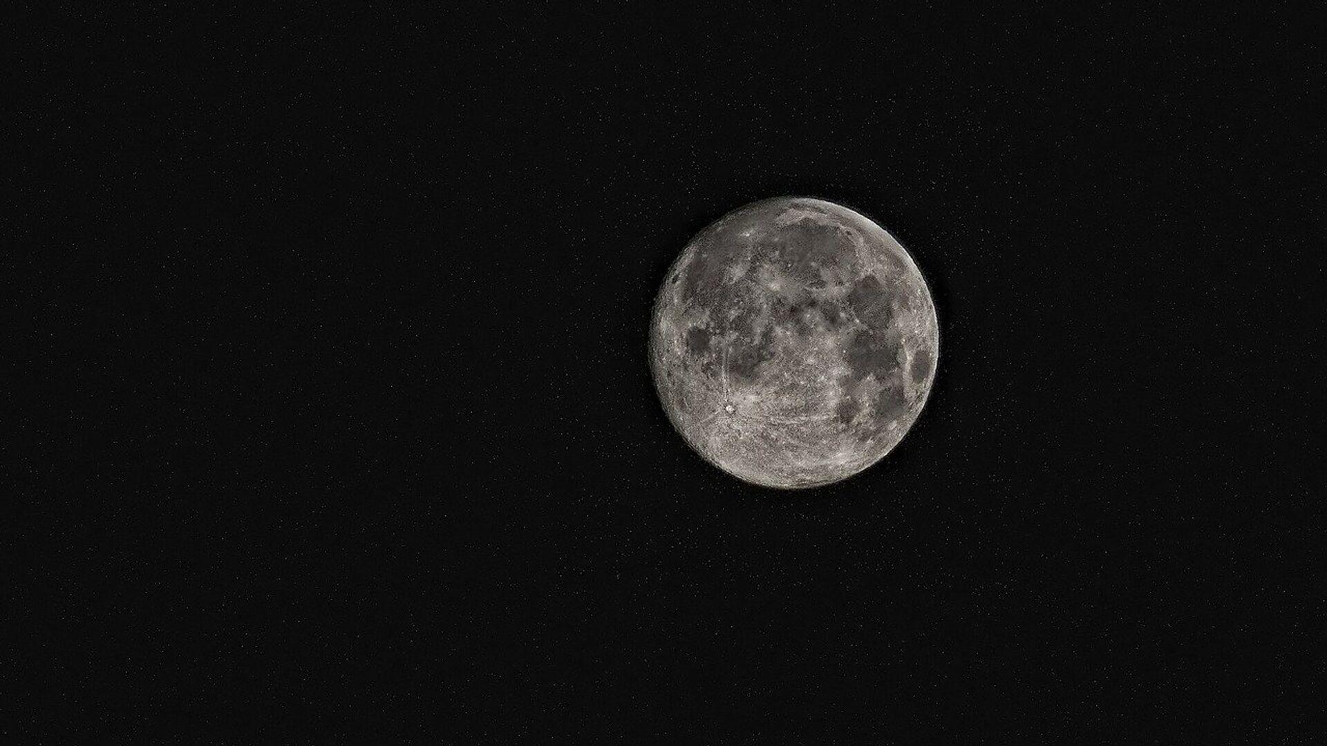 La Luna (imagen referencial) - Sputnik Mundo, 1920, 17.03.2021