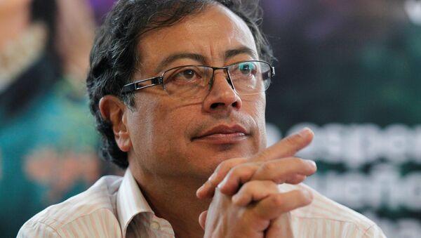 Gustavo Petro, candidato a la presidencia de Colombia - Sputnik Mundo