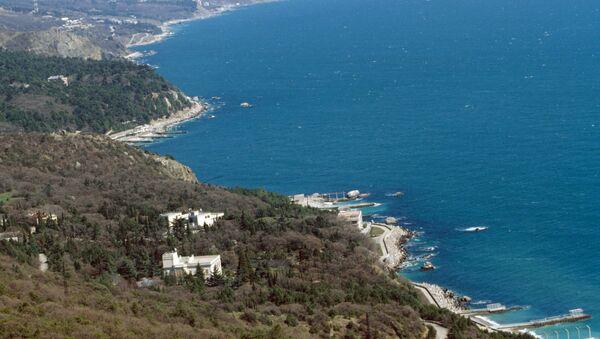 La ciudad de Yalta, situada en la península de Crimea - Sputnik Mundo