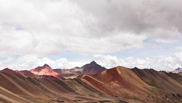 Vinicunca: Montaña Arcoiris  - Sputnik Mundo