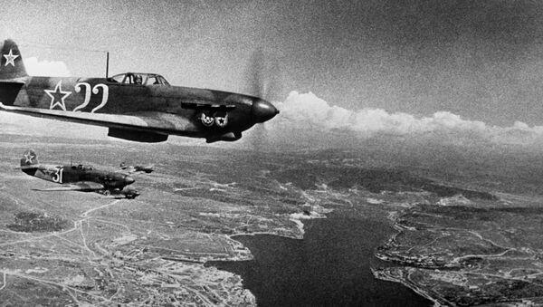 Unos aviones soviéticos durante la Gran Guerra Patria, archivo - Sputnik Mundo
