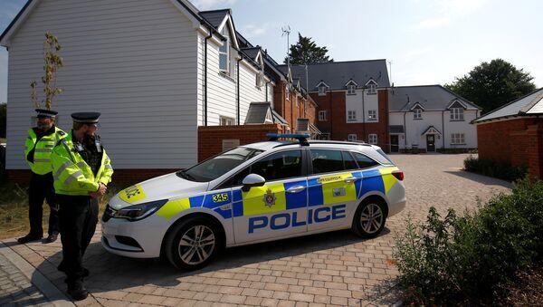 La policía británica en Amesbury, Reino Unido - Sputnik Mundo