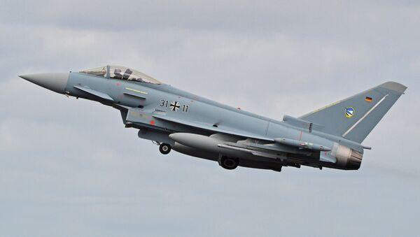 Un caza Eurofighter Typhoon de la Fuerza Aérea de Alemania, el avión que podría ser sustituido por el nuevo proyecto - Sputnik Mundo