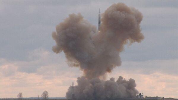 Lanzamiento del misil Avangard - Sputnik Mundo