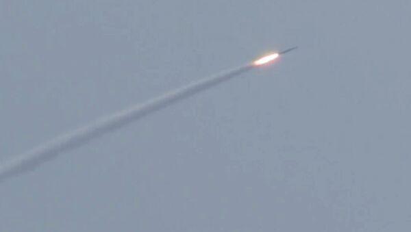 Un misil (imagen referencial) - Sputnik Mundo