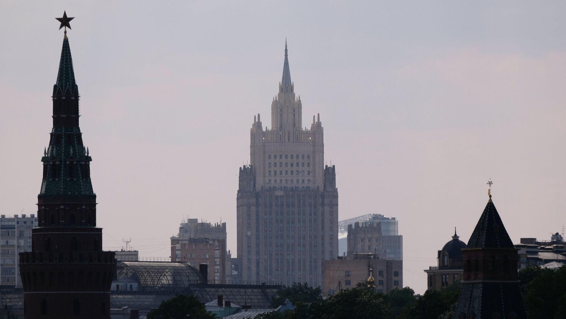 El Ministerio de Asuntos Exteriores de Rusia y el Kremlin - Sputnik Mundo, 1920, 04.02.2021