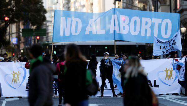 Manifestación contra el aborto en Argentina - Sputnik Mundo