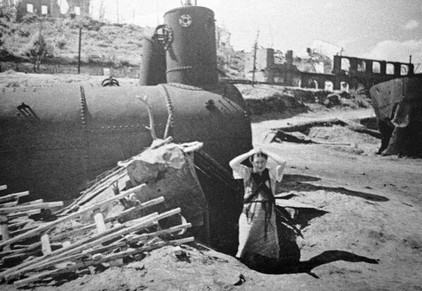El propio nombre de Stalingrado hoy es sinónimo de la destrucción causada por los conflictos. La destructiva batalla de Stalingrado marcó el principio del fin para el nazismo. La ciudad fue totalmente reconstruida de cero después de la Segunda Guerra Mundial. En la foto: Stalingrado en julio de 1942. - Sputnik Mundo