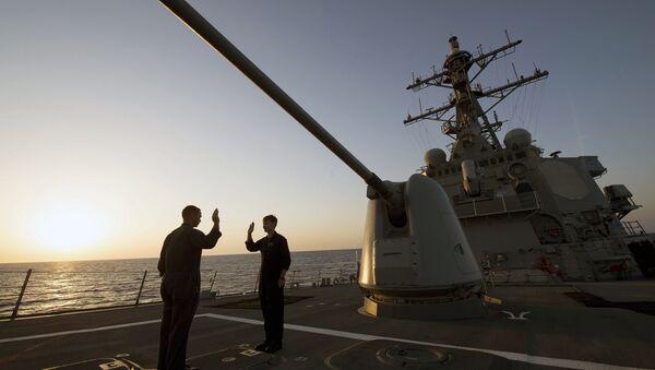 Destructor de EEUU, USS Carney (foto archivo) - Sputnik Mundo