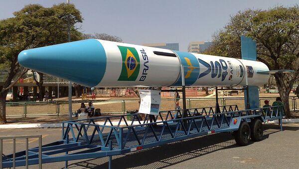 Un cohete espacial brasileño - Sputnik Mundo