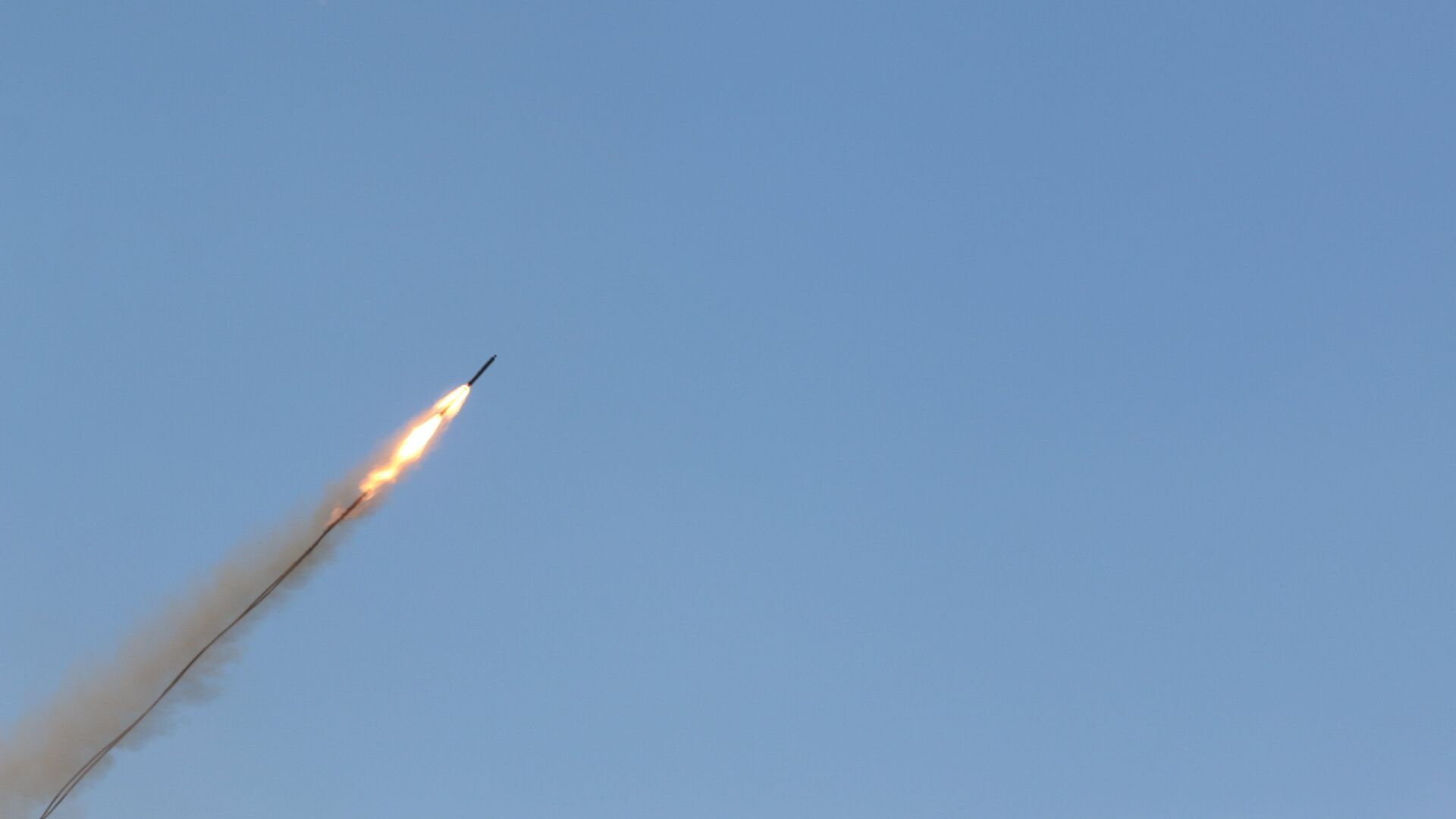 Un misil (imagen referencial) - Sputnik Mundo, 1920, 09.10.2021