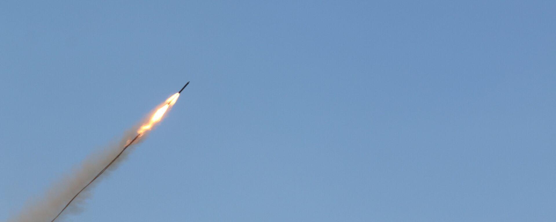 Un misil (imagen referencial) - Sputnik Mundo, 1920, 21.07.2021