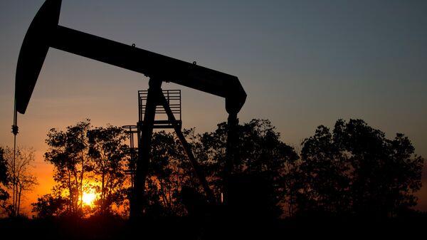 Extracción de petróleo en Venezuela - Sputnik Mundo