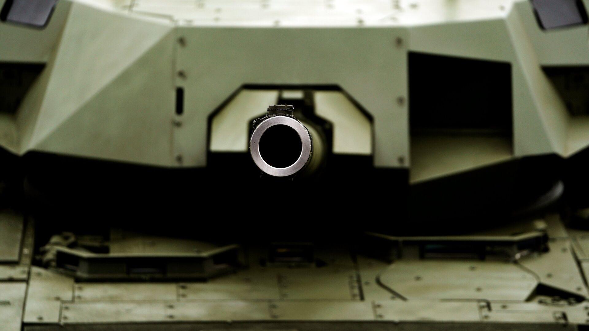 Tanque Armata T-14 durante el foro Army-2018 - Sputnik Mundo, 1920, 02.10.2021