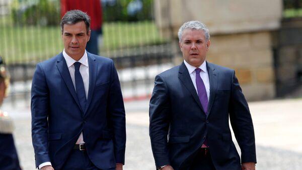 El presidente del Gobierno español, Pedro Sánchez, y el presidente de Colombia, Iván Duque - Sputnik Mundo