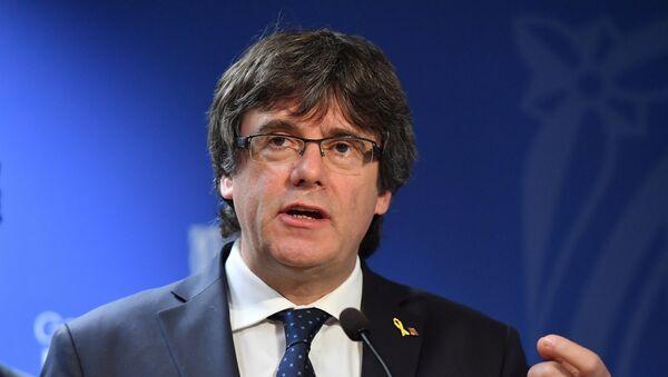 Carles Puigdemont, el expresidente catalán - Sputnik Mundo