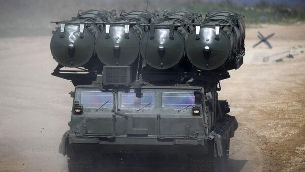 Sistema antiaéreo de largo alcance S-300V4 - Sputnik Mundo