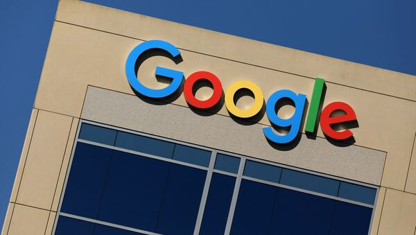 The Google logo is pictured atop an office building in Irvine, California, US, August 7, 2017.  - Sputnik Mundo