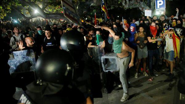 Manifestantes en Barcelona - Sputnik Mundo