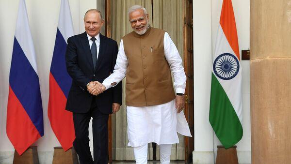 Presidente de Rusia, Vladímir Putin, y primer ministro indio, Narendra Modi (archivo) - Sputnik Mundo