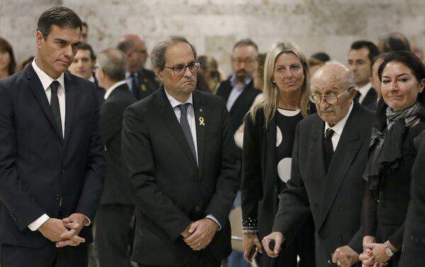 El presidente del Gobierno español, Pedro Sánchez y el presidente de la Generalitat, Quim Torra - Sputnik Mundo