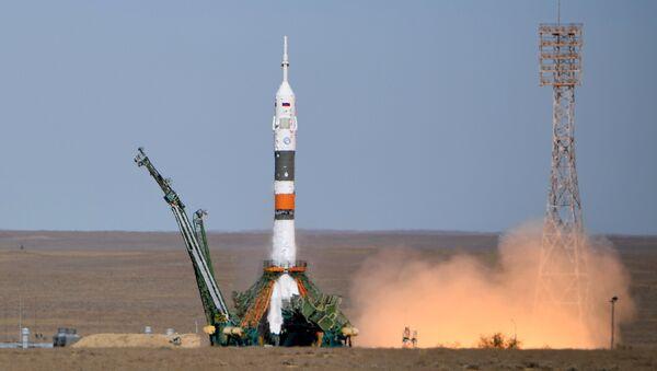 Lanzamiento del Soyuz MS-10 - Sputnik Mundo