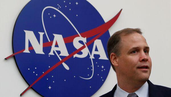 Jim Bridenstine, administrador de la NASA, después de una rueda de prensa en Moscú - Sputnik Mundo