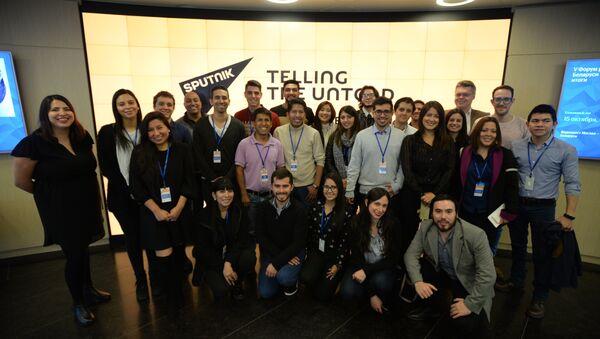 Periodistas de América Latina en la sede de la agencia Sputnik - Sputnik Mundo