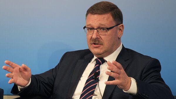 El presidente del Comité de Asuntos Internacionales del Consejo de la Federación de Rusia, Konstantín Kosachov - Sputnik Mundo