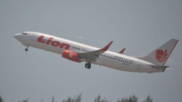 Un Boeing 737 Max 8 de la aerolínea indonesia Lion Air (archivo) - Sputnik Mundo
