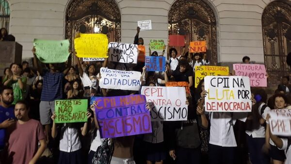 Protestas contra el futuro Gobierno de Bolsonaro en Río de Janeiro - Sputnik Mundo