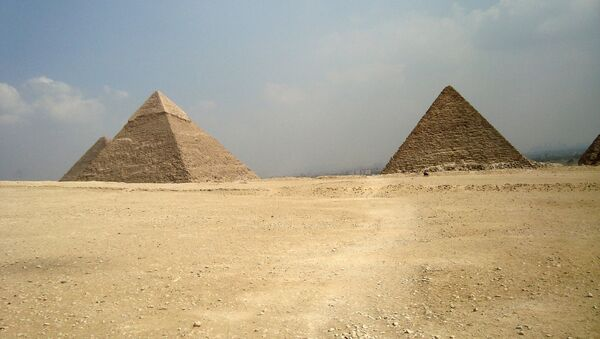 Pirámides de Guiza, foto archivo - Sputnik Mundo
