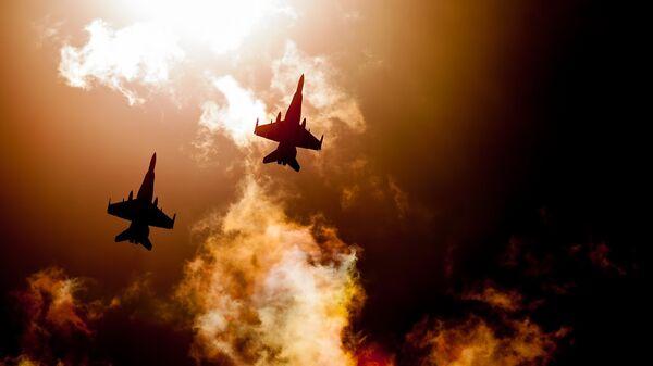 Aviones de caza (imagen referencial) - Sputnik Mundo