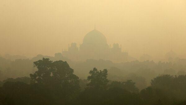 Contaminación de aire en Nueva Delhi - Sputnik Mundo