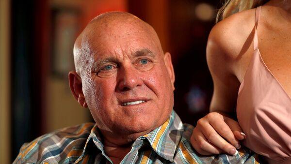 Dennis Hof, cadidado muerto que ganó elecciones de mitad de mandato en Nevada, Estados Unidos - Sputnik Mundo
