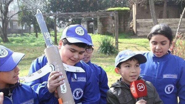 La Escuela de Astronautas de Chile valora la experimentación, el trabajo en equipo y el cumplimiento de desafíos en cada clase - Sputnik Mundo