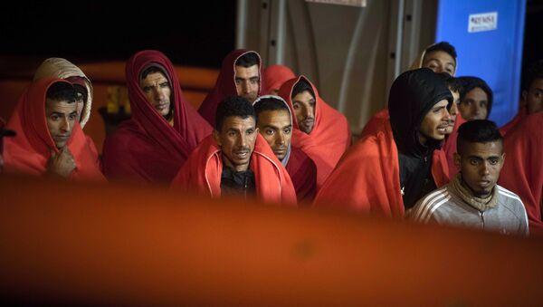 Llegada de migrantes a España - Sputnik Mundo