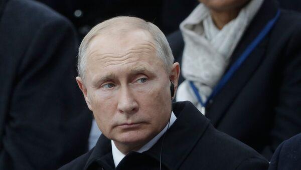 El presidente ruso, Vladímir Putin, en París - Sputnik Mundo