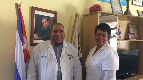 Médicos cubanos de la misión Operación Milagro en Uruguay - Sputnik Mundo